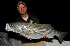 march_2012_night_fishing_striper_lb6_800px